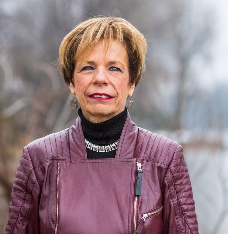 Johanne Delorme - Travailleuse sociale psychothérapeute - Consultants BCH